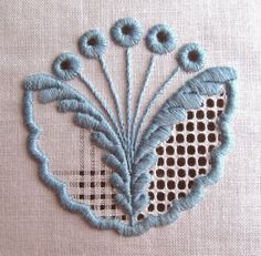 NRN Embroidery Designs, Hardanger Embroidery, Types Of Embroidery, Embroidery Stitches, Hand Embroidery, Machine Embroidery, Drawn Thread, Satin Stitch, Embroidery Techniques