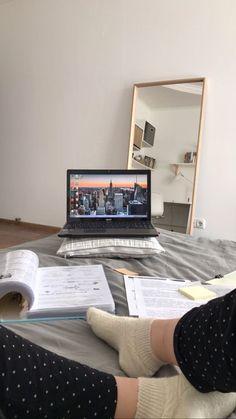 Study Pictures, Study Organization, Study Space, La Formation, Study Hard, Study Inspiration, Studyblr, Study Motivation, Student Life