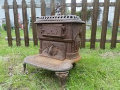The Franklin stove is a metal-lined fireplace named after its . Franklin Stove, Vintage Love, Vintage Items, Antique Stove, Open Fireplace, Christian Christmas, Iron Work, Benjamin Franklin, Local History