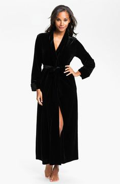 c03a3709e Oscar de la Renta Sleepwear  Zahara Nights  Velvet Robe available at   Nordstrom omfg