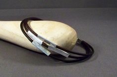 Leather and Sterling Silver Bracelet op Etsy, 28,10€