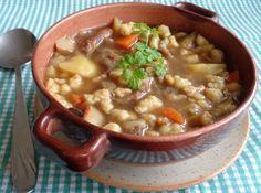 Fotorecept: Hríbová polievka s krupicovými haluštičkami