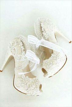 Beautiful Princess Style Wedding Shoes Wedding Heels 2e38ec96d05f