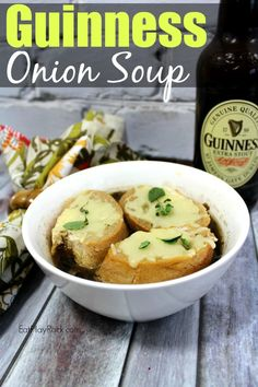 Looking for something yummy to fix for this St Patricks Day? Why not try out this tasty slow cooker Guinness Onion Soup Recipe? Special Recipes, Great Recipes, Favorite Recipes, Delicious Recipes, Tasty, Onion Soup Recipes, Chowder Recipes, Slow Cooker Recipes, Cooking Recipes