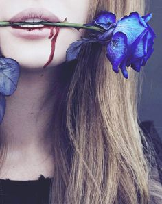 Alice paints it blue..