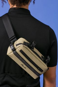 Bar Bag | Rapha Cycling Handlebar Bag Riding Gear Carry Case For Commuting Exploring and Riding around town | Rapha Rapha Cycling, Cycling Bag, Team Training, Mini Wallet, Zip Puller, Bicycle Bag, Over The Shoulder Bags, Packable Jacket, Riding Gear