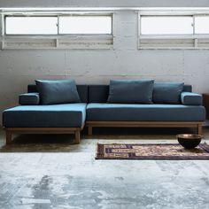 Living Furniture, Sofa Furniture, Modern Furniture, Furniture Design, Pallet Sofa, Wood Sofa, Diy Sofa, Home Room Design, Living Room Designs