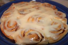 Two Maids a Milking: Two Maids a Baking Linky - Cinnamon Rolls