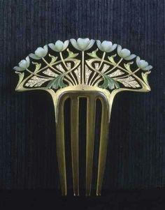 Art nouveau hair comb by Henri Dubret