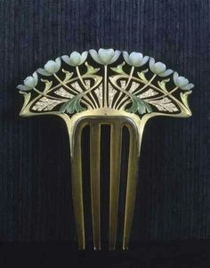 Art nouveau hair comb by Henri Dubret