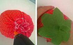 Agora passe cola por cima do morango e cole a folha  (Foto: Katia Bijega/Blog do Elo7)