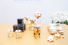 Daisy perfume by Marc Jacobs Daisy Perfume, Daisy Eau So Fresh, Perfume Store, Song Of Style, Daisy Chain, New Media, All Things Beauty, Design Process, Pop Up