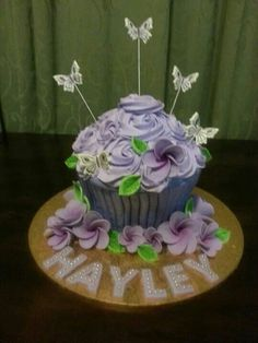 Giant cupcake. Giant Cupcakes, Cake Creations, Yummy Treats, Butterfly, Desserts, Food, Food Cakes, Tailgate Desserts, Deserts
