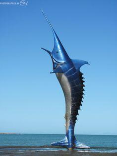 Monumento Marlin Azul, Praia do Morro, Guarapari, Espirto Santo, Brazil