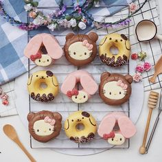 """8,702 Likes, 86 Comments - Anna Chan (@annachaannn) on Instagram: """"Hello kitty, my melody and pom pom purin donuts  #foodporn #foodshare #cutefood"""""""