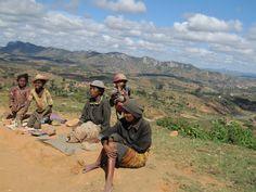Ambositra | Peanut Vendors (not too far from Fianar)