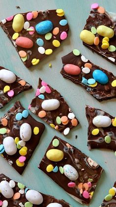 Easy Easter Candy Bark : Easter dessert recipe.