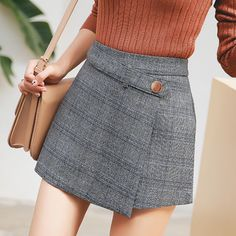 KYMAKUTU Irregular Autumn Winter Shorts Skirts for Women Plaid High Waist Shorts Female All Match Ladies Short Pants with Zipper Red Skirts, Cute Skirts, Short Skirts, Mini Skirts, Skirt Outfits, Dress Skirt, Casual Outfits, Cute Outfits, Girl Fashion