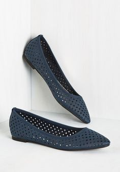 Perforation Preservation Flat  Keep cutout culture alive and kickin with these vegan faux-leather flats! Punctured into their dusk blue hue are square perforations, which pair with their faintly pointed toes to form a shoe thats both fun for the weekend and befitting the office. The post  Perforation Preservation Flat  appeared first on  Vintage & Curvy .  http://www.vintageandcurvy.com/product/perforation-preservation-flat