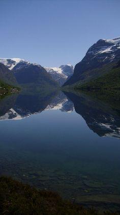 -lovatnet- by Jasara / Miranai  Loenlake / Norway Loen-See / Norwegen kristallklar...man könnte das Bild auch auf den Kopf stellen ;)