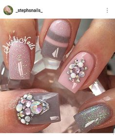From the IG of @_stephsnails_