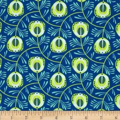 Peacock Garden Scattered Feathers Royal from @fabricdotcom  Designed by Jane Farnham for Camelot Cottons, this cotton print is perfect for quilting, apparel and home decor accents. Colors include lime, mint, and blue.