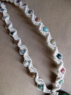 Hemp necklace, pattern and color