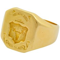 Hand Engraved Gold Crest Ring With Engraved Image of a Stag  | From a unique collection of vintage more rings at https://www.1stdibs.com/jewelry/rings/more-rings/