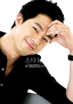 Birth Name: 조인성 / Jo In Sung (Jo In Seong) Age: born 28 July 1981 Born and residing in: South Korea Height: Ethnicity: Asian Korean Wave, Korean Star, Korean Celebrities, Korean Actors, Celebs, Asian Actors, Kwon Sang Woo, Jo In Sung, Good Looking Actors