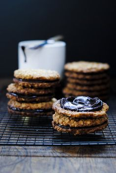 OATY CHOCOLATE BISCUIT SANDWICHES