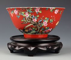 A RED-GROUND FLOWER PAINTED PORCELAIN BOWL Qing Dynasty, W:6.0 in×H:3.0 in
