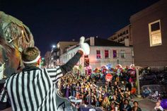 Plan your fall escape to #NOLA with our lineup of festive events this season! #BeATouristNOLA