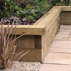 Back Garden Landscaping, Backyard Garden Landscape, Garden Yard Ideas, Garden Beds, Small Backyard Decks, Backyard Patio Designs, Patio Edging, Patio Border Ideas, Back Gardens