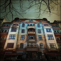 Beautiful face of East Berlin, Germany  (by A.Hulot)
