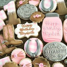 Cookies by sweettcakes on Instagram. Email for order info at sweettcakes1@gmail.com. Cowboy Birthday Cakes, Unicorn Birthday Parties, Cowgirl Party, Cowboy And Cowgirl, Cute Cookies, Sugar Cookies, Cowgirl Cookies, Princess Cookies, How To Make Cookies