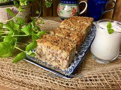 Piróg biłgorajski to pieczeń z kaszy gryczanej, białego sera i ziemniaków. Receptura jest rodem z Biłgoraja. Przepis na piróg Banana Bread, Food, Pineapple, Meals, Yemek, Eten
