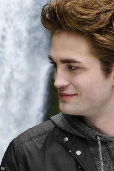 Rob Pattinson as Edward