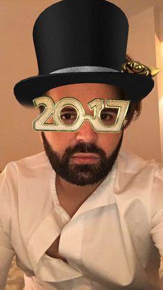Sa avem un an nou minunat !!! #happynewyear #2017 www.doctorlazarescu.ro