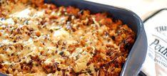 Macaroni ovenschotel met tomatensaus, roomkaas en gehakt