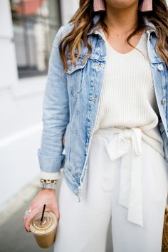 All White Spring Outfit – Glitter & Gingham All white spring outfits on glitter & gingham / statement pants / how to style white pants for spring / ft. WAYF, Everlane, Alte Marine, H&M, Sam Edelman Outfits For Teens, Casual Outfits, Fashion Outfits, Womens Fashion, Fashion Tips, Fashion Trends, Style Fashion, Fashion Ideas, Fashionable Outfits
