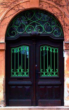 Szarvas, Békés, Hungary... @ivannairem .. https://tr.pinterest.com/ivannairem/doors-ii/