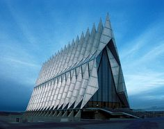 Skidmore, Owings, Merrill: Air Force Academy Chapel, Colorado Springs - been there, very neat building. Colorado Springs, Colorado Usa, Unique Buildings, Interesting Buildings, Beautiful Buildings, Beautiful Places, Architecture Cool, Folding Architecture, Commercial Architecture