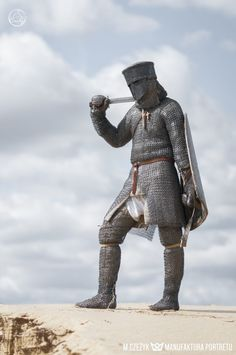 Medieval Knight, Medieval Armor, Medieval Fantasy, Armor Clothing, Medieval Clothing, Norman Knight, Chainmail Armor, World Of Warriors, Legend Of King