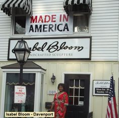 Isabel Bloom Handcrafted Sculptures are Made in America, specifically in the East Village of Davenport, Iowa. Today we were visiting with President Barack Obama as he spoke with out Community regarding his Presidential Race against Romney.  Remember to Vote :) www.jennifersalhi.com