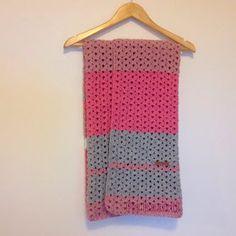 Een roze baby deken...