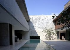 Courtyard House : Formwerkz Architects