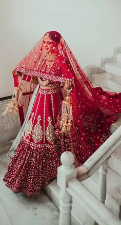 For all the brides of today, these trending bridal poses will make sure that you are captured beautifully in your elegant bridal ensemble. wedding jewelry A guide on how to slay your bridal poses this wedding season Designer Bridal Lehenga, Wedding Lehenga Designs, Wedding Lehnga, Indian Wedding Bride, Punjabi Wedding, Indian Weddings, Indian Bride Poses, Indian Bride Dresses, Pakistani Wedding Photography
