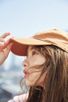 new-wave-girls — phorbidden: 石原さとみ Beautiful Asian Girls, Gorgeous Women, Satomi Ishihara, Best Photo Poses, Vintage Fashion Photography, Japan Girl, Asian Actors, Ulzzang Girl, Malta