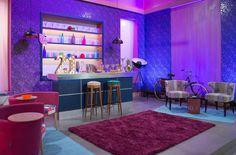"""El programa """"Jugamos en casa"""" que emiten la 1 de TVE de lunes a viernes y que está presentado por """"Los Morancos"""", tiene varios de nuestros sillones en el plató."""