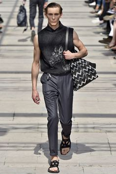 desfile louis vuitton, coleção masculina, louis vuitton fashion show, milan fashion week, menswear, moda masculina, alex cursino, moda sem censura, blog de moda, blogger, blogueiro de moda, (9)